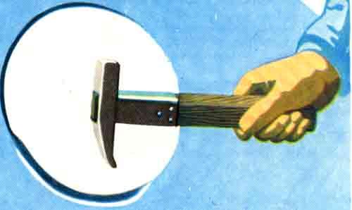 молоток с загнутым концом