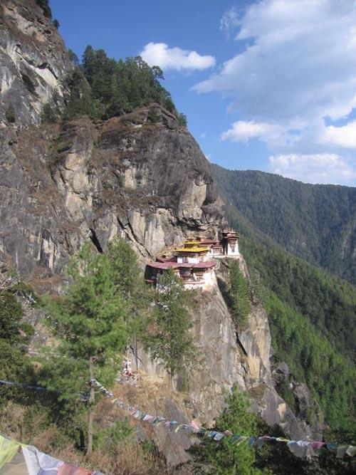 горный монастырь Бутан