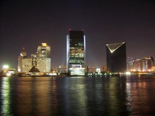 ночьной Дубай