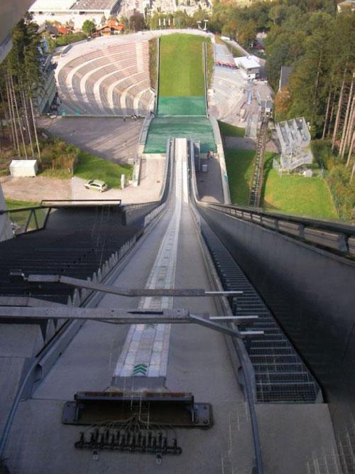 Летний лыжный трамплин
